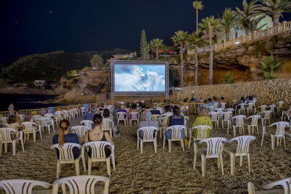 cine-junto-al-mar